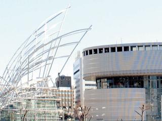 国立国際美術館・大阪市立科学館