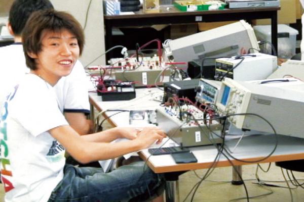 電子実習室