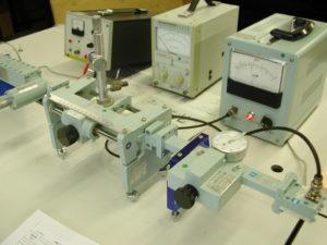マイクロ波伝送実験装置